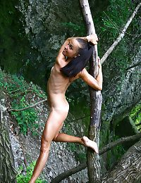 XXX Looker - Truly Spectacular Unskilful Nudes